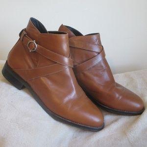 Tan Ariat Windsor Boot     size 9M